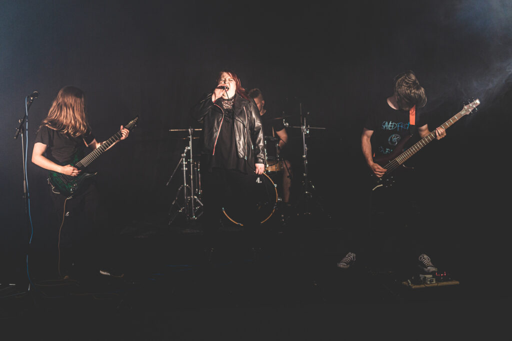 Pelastava Tekijä, bändipromokuva, ohjelmatoimisto Tour de Talents